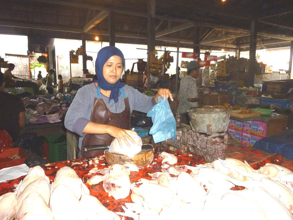 chicken-buying-market-Kramb-nov-11-1.jpg