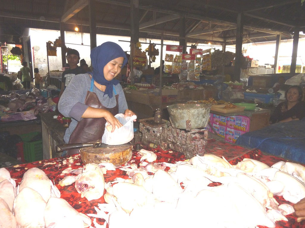 chicken-buying-market-Kramb-nov-11-2.jpg