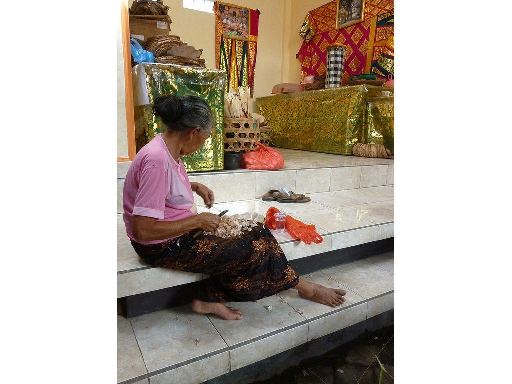 kesuna-woman-4.11.11.jpg
