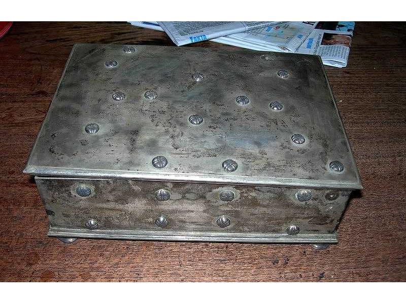 sirihbox-silver-ejava-view.jpg