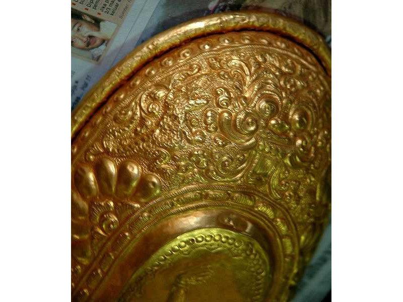 lelancang-gold-crocodile.jpg