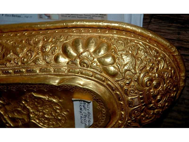 lelancang-gold-flower-animal-ornament.jpg