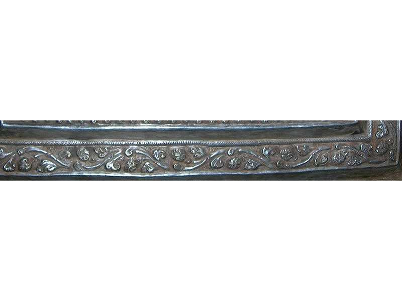 sirihbox-silver-gold-singaraja-scroll-leaves-ornament.jpg