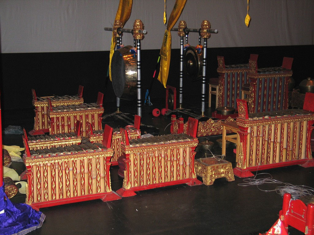 gong-orchestra-Banyuatis-view.jpg