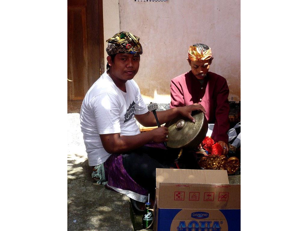 kempli-Gong-Dewa-Baturiti-Kadek-08.jpg
