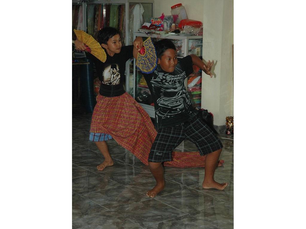 26-boys-dance.jpg