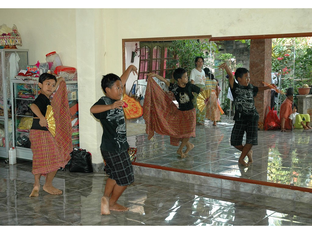 28-boys-dance-nurrirs-teacher.jpg