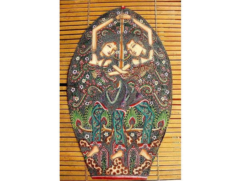 gunungan-man-woman-widja-2012.jpg