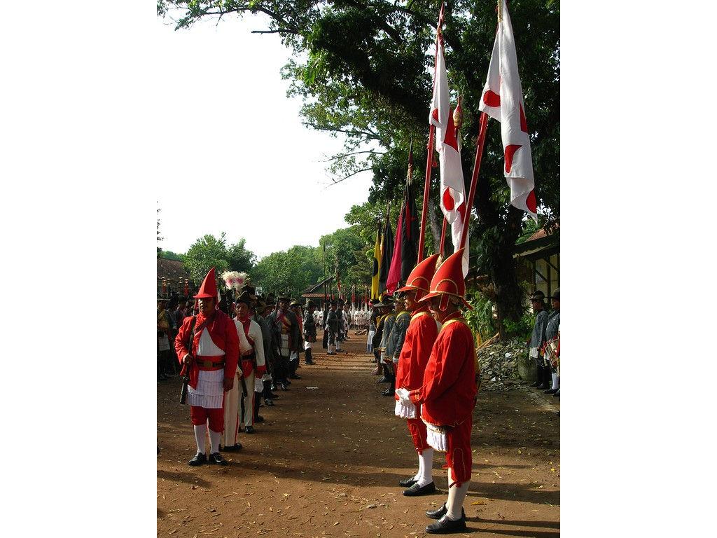 020-army-Wirobrojo-flags.jpg