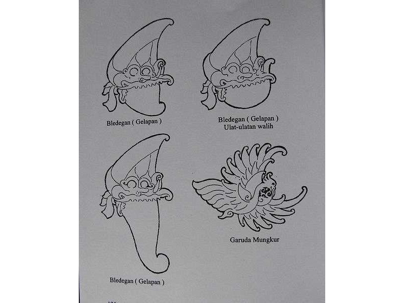hair ornaments-bledegan gelapan-garuda mungkur-bird head-bird flyiong.jpg
