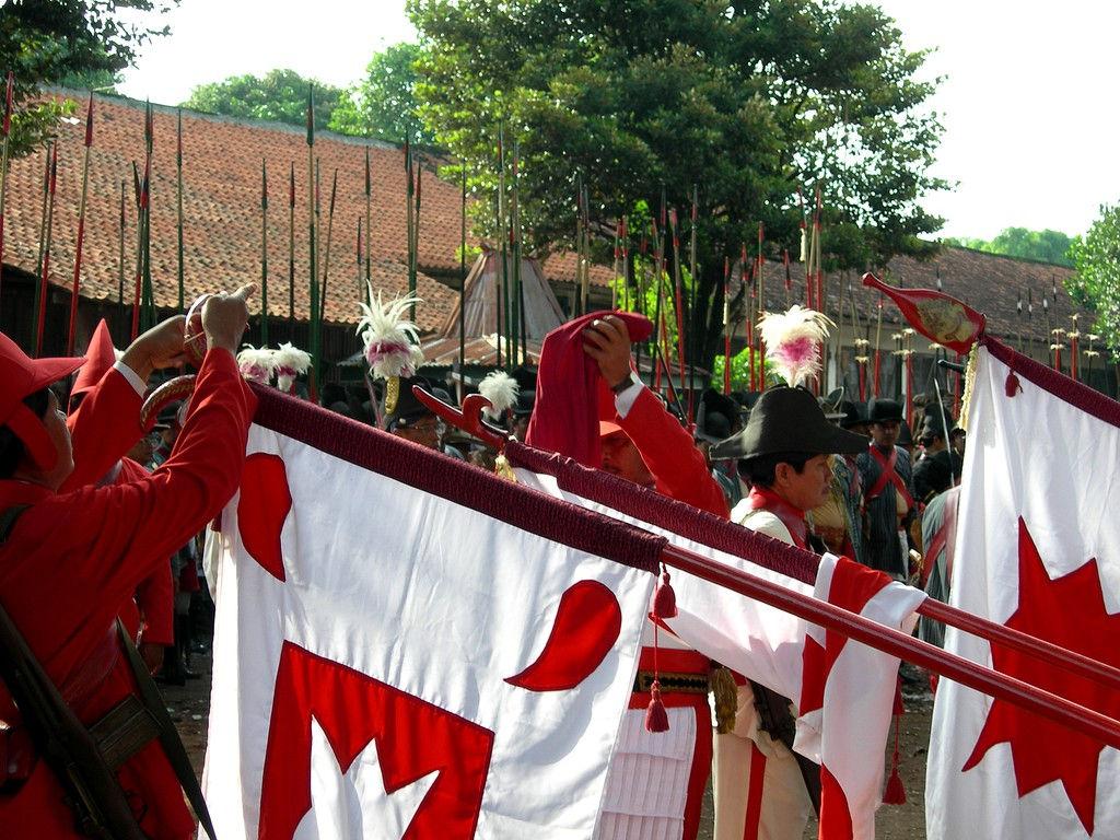 018-army-Wirobrojo-flagopen-GulaKlapa.jpg