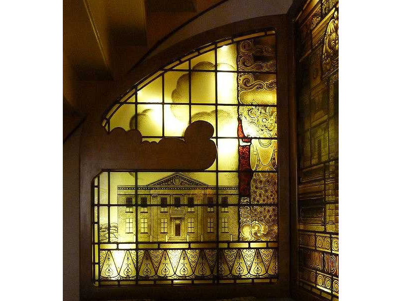 glass window-kma-left-building-wayang figure-gunungan scroll.jpg
