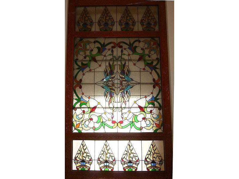 glass window-resto-gunungan friezes-glower pattern.jpg
