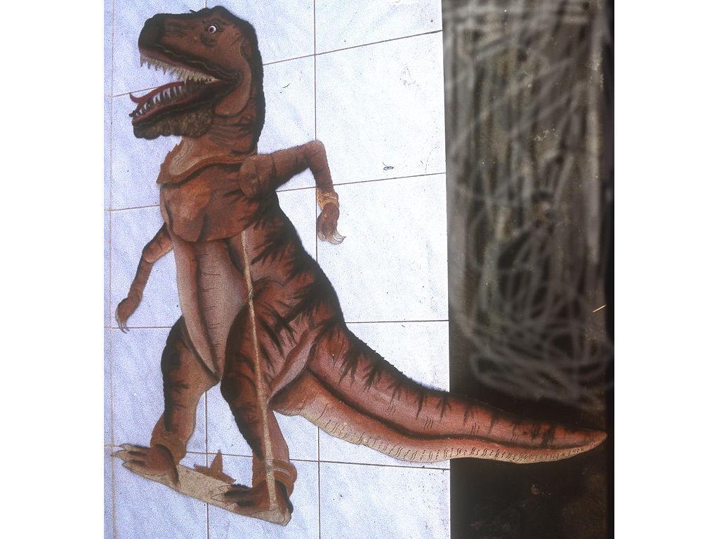 wayangDino-xsaurus-Wija-1994.2.jpg