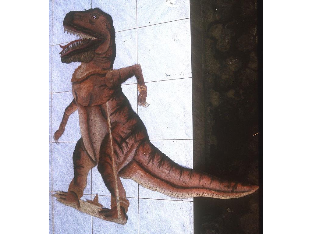 wayangDino-xsaurus-Wija-1994.jpg