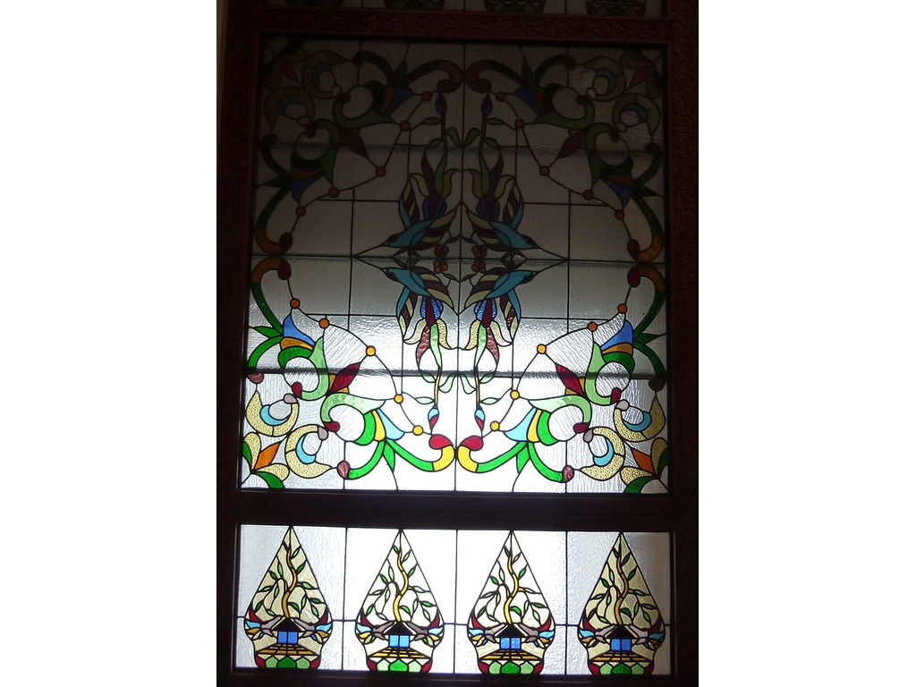 glass-window-resto-gunungan-floral-pattern-2.jpg