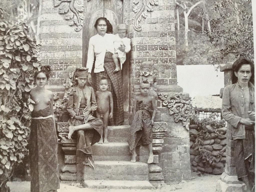 Bali-baju.jpg