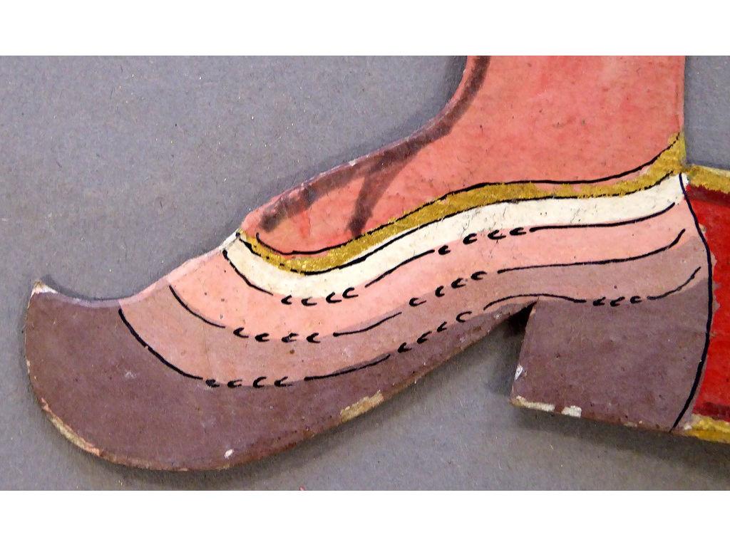 Temburu-Sa-16-voorkant-schoen-links.jpg