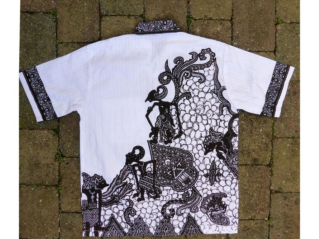 overhemd-wit-achter-totaal-c.Hinzler.jpg